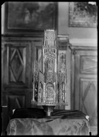 Crocione processionale (macolla), Orafo sardo della fine del secolo XV