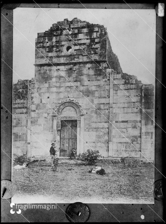 Marina di Canonica (Corsica), Chiesa romanica